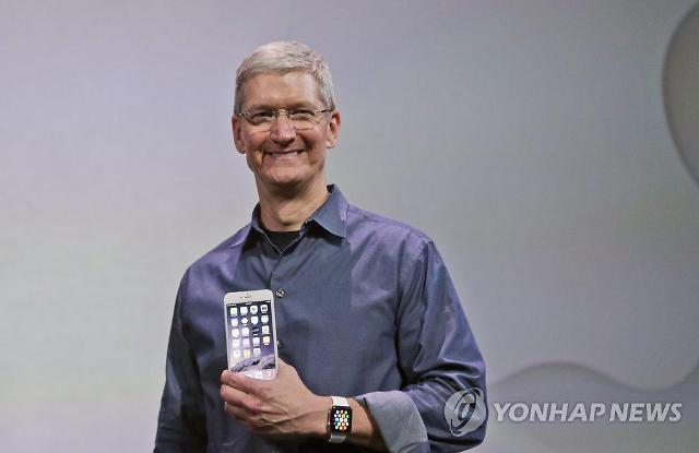팀 쿡 애플 CEO 코로나19, 한국·이탈리아 예의주시…중국은 낙관적
