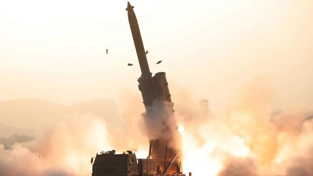 북한, 코로나19 사태에도 올해 첫 무력도발…김정은의 속내는?