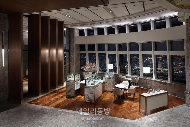 [코로나쇼크]② 투숙객 빠진 호텔업계, 언택트 서비스로 숨통