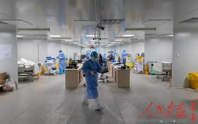 [인민화보]시진핑 주석이 찾은 우한 훠선산 병원 현장 속으로