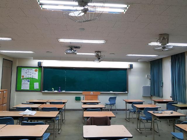 [김호이의 사람들] 대안 없는 대입 일정에 불안한 고3 학생들