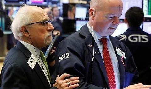 [纽约股市收盘] 道琼斯攀升5.20%...为1万亿美元经济刺激方案欢呼