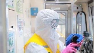 [코로나19] 집단감염지 근처 지하철, 소독후 바이러스 無