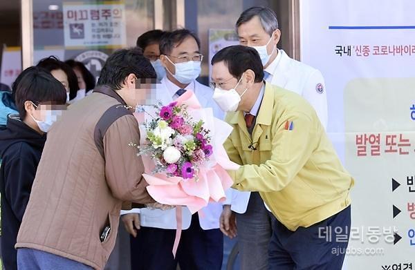 [코로나19 모범국가 대한민국]②대구를 도와라 위기극복 숨은 영웅들