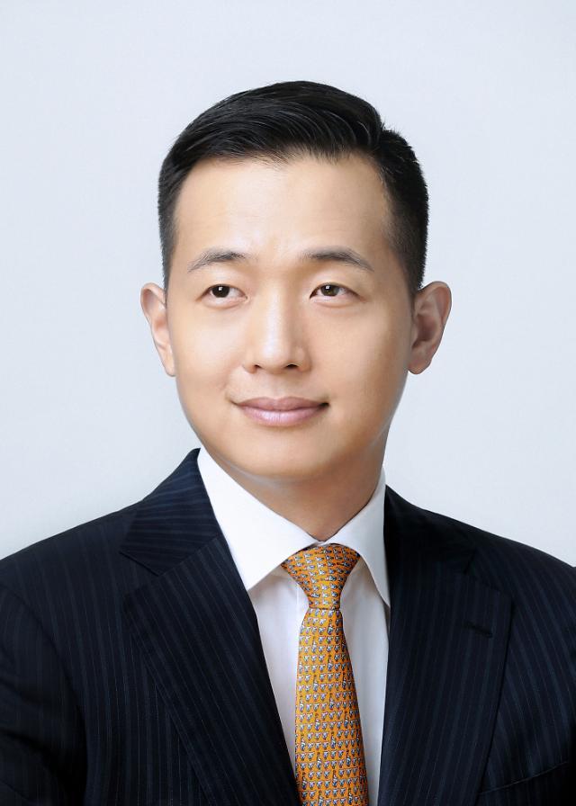 한화 3세 김동관, 한화솔루션 사내이사 선임…글로벌 친환경 기업 변신