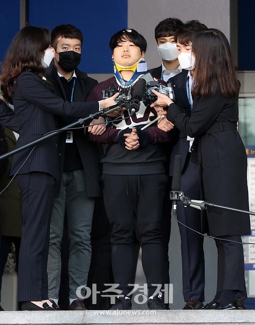 검찰, 조주빈 신상·수사상황 일부공개 결정