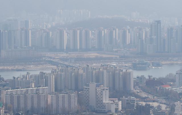 3월 넷째 주 서울 아파트값, 10개월 만에 하락 전환