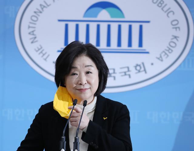 """정의당 """"文, 재난기본소득 100만원·해고없는 기업 지원 결단해달라"""""""