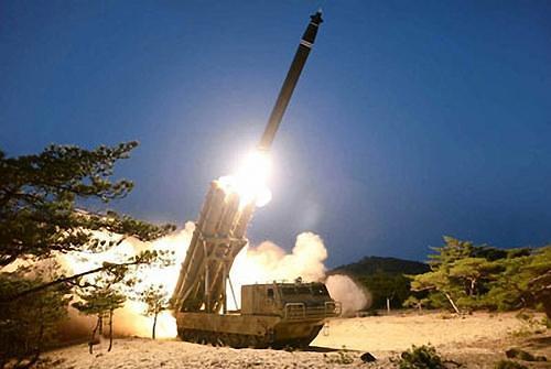 金正恩缺席朝鲜武器试射 美方敦促重返谈判桌