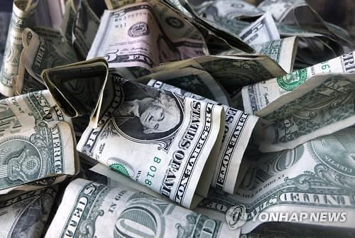 글로벌 기업들, 역대급 채권 발행...현금 확보 안간힘
