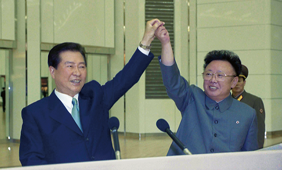[북미 외교전] ③盧부터 文까지...북핵 협상 중재자 자처한 南 지도자들