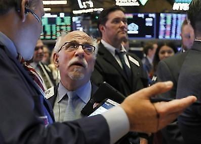 [纽约股市收盘] 担心景气下滑道琼斯跌1.84%  33年来最差的一季度