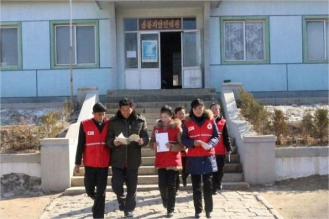 """[코로나19] 정부, 1억 상당 손소독제 민간단체 대북지원 승인…""""마스크는 없다"""""""