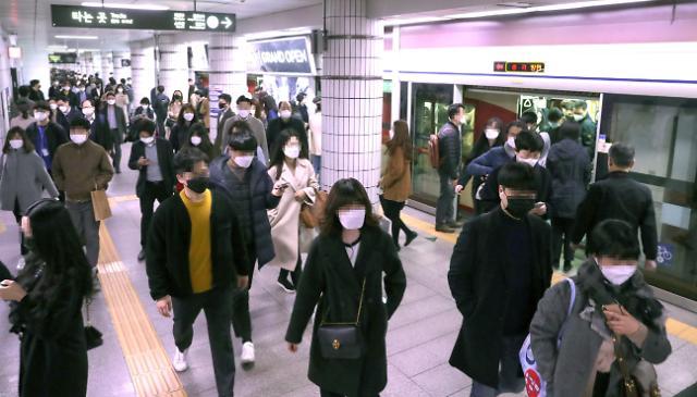 지하철·시외버스 초미세먼지 측정 3일부터 의무화