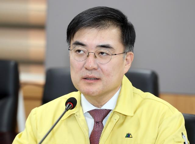 """손병두 금융위 부위원장 """"묻지마식 주식 투자 자제해야"""""""