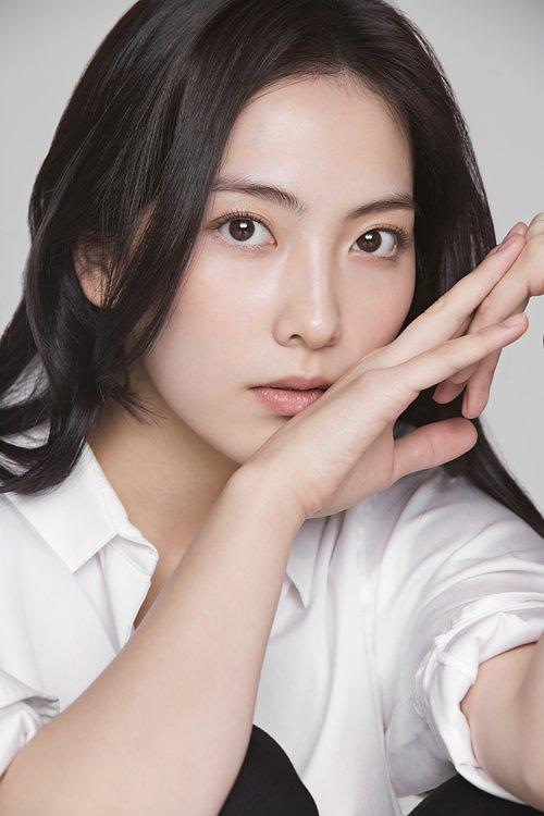 韩星姜智英遭遇车祸 暂停新片《宵夜男女》拍摄