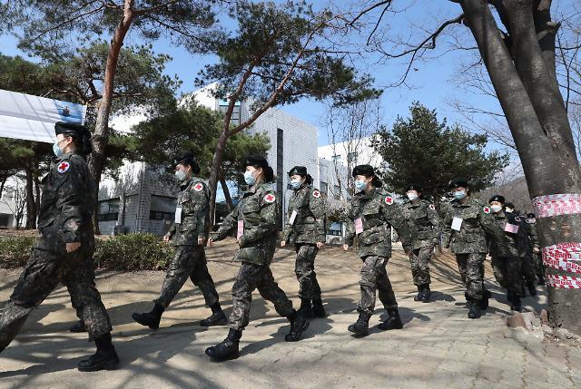 군, 사회적 거리두기 연장