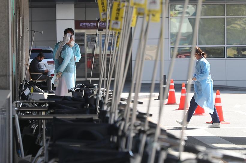 폐쇄 연장된 의정부성모병원은 방역 중
