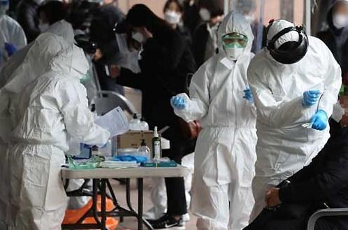 [한눈에 뉴스] 코로나19 혈장치료 완치에 관련주 강세… 중3·고3 온라인 개학