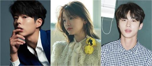 朴宝剑朴素丹边佑锡确认出演tvN新剧《青春记录》