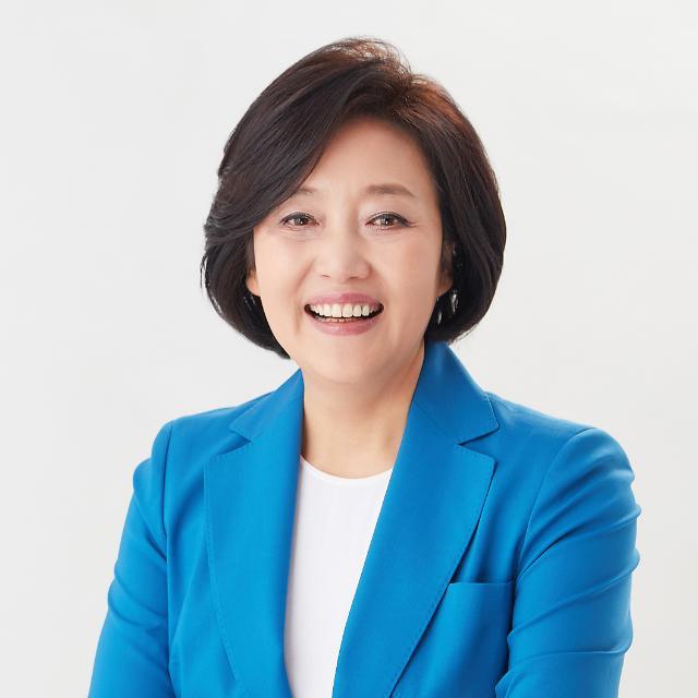 """박영선, 강원서 현장 행보…""""산불 이겨낸 것처럼 코로나19도 극복"""""""