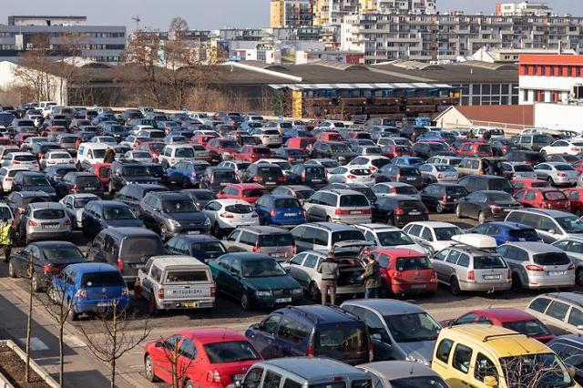 코로나 쇼크 현실화...중국 1분기 車판매량 40% 급감
