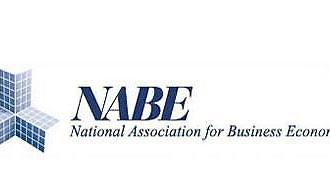 Khảo sát các chuyên gia kinh tế của NABE