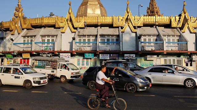 중국 자동차 제조업체들 미얀마서 日 위협