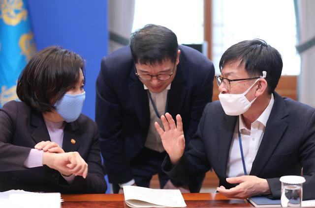 김상조 靑정책실장, 22일 5대 그룹 경영진과 조찬 회동…고용 유지 당부할 듯