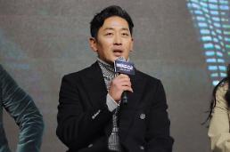 携帯電話のハッキング被害に遭った俳優ハ・ジョンウ、犯人との対話公開で警察に決定的な情報提供