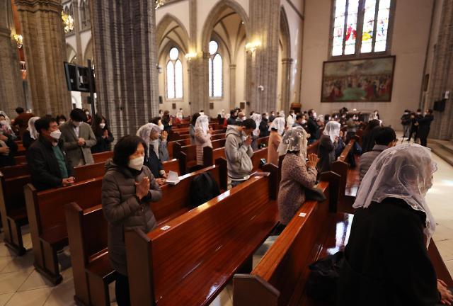 疫情趋于稳定 天主教时隔两个月重启弥撒