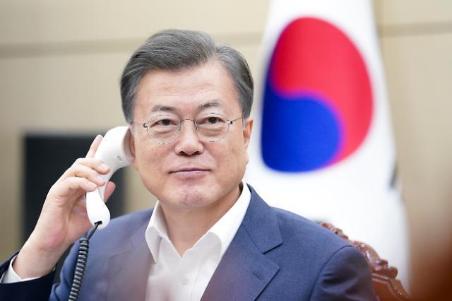 """文대통령 """"한국전쟁 참전국에 마스크 지원 검토 중"""""""
