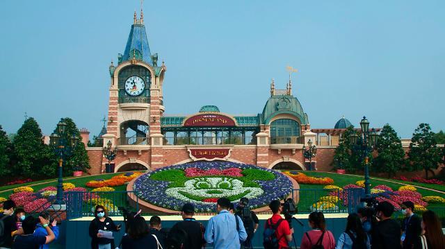 [포토] 상해 디즈니랜드 재개장, 중국 코로나 종식 선언?