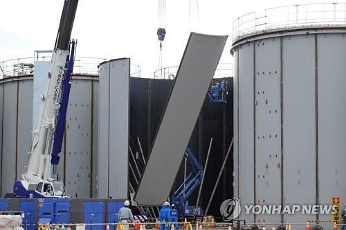 """해군 연구용역 공고... """"일본 방사능 오염수 110만t 동해 유입 1년 걸려"""""""
