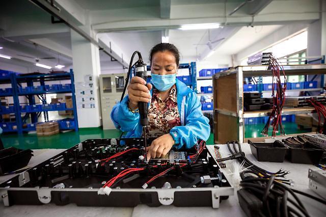 중국 4월 경제지표 다소 회복...산업생산 석달만에 플러스 전환