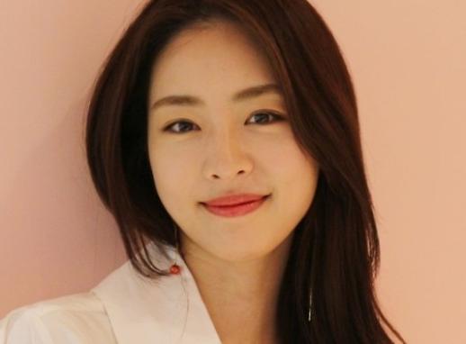 李沇熹宣布6月2日举行婚礼