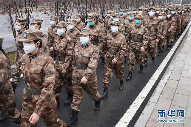 """[2020 양회 키워드]""""美·유럽보다 먼저 코로나 극복"""" 중국은 애국주의 열풍"""