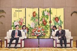 サムスン電子の李在鎔副会長、中国陝西省書記に面会…新しい時代を作るのに貢献する