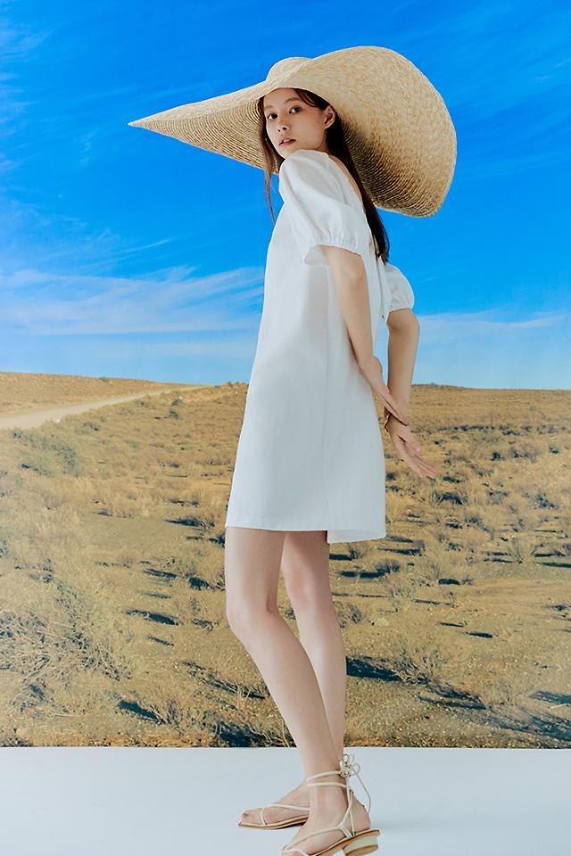 신세계인터 보브, 여름 캡슐 컬렉션 출시…스테이케이션 패션