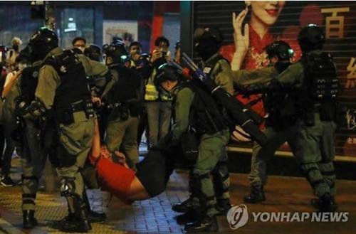 미·중, 홍콩 국가보안법 놓고 으르렁...양국 갈등 더욱 격화