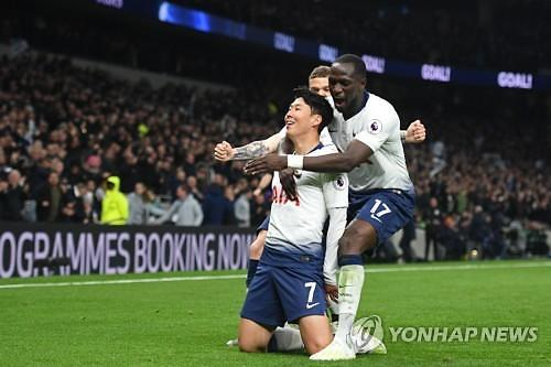EPL 재개 준비 중 2명 양성···스카이스포츠, 소수에 불과