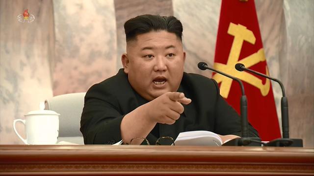 법 개정에 정책관 교체까지…北 핵카드에도 남북협력 매달리는 정부