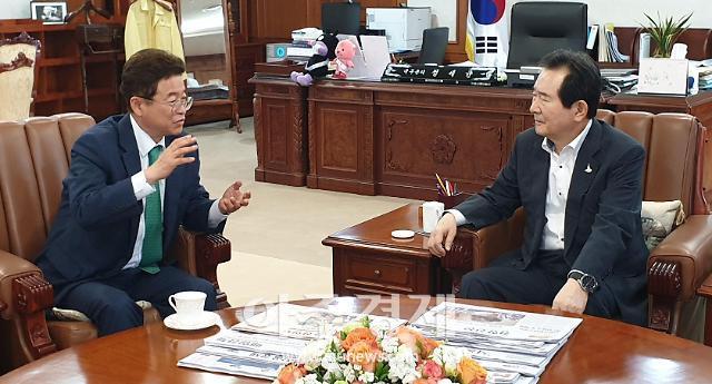 이철우 경북도지사, 총리에게 통합신공항 문제 해결…영일만대교 적극 건의