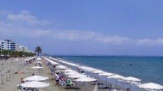 Cyprus, nếu đến du lịch mà bị nhiễm Covid-19 sẽ được chữa trị miễn phí
