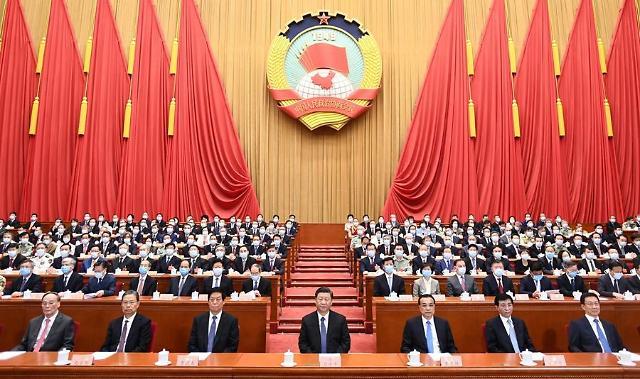 홍콩 보안법 결국 통과…미·중 치킨게임 본격화
