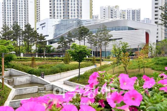 하남시 대표 미사도서관 온라인 개관