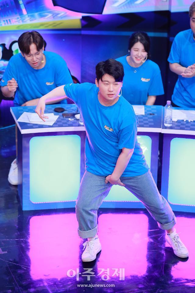 [포토] 김재원, 치명적인 꼬만춤 (카트라이더 러쉬플러스 슈퍼매치)