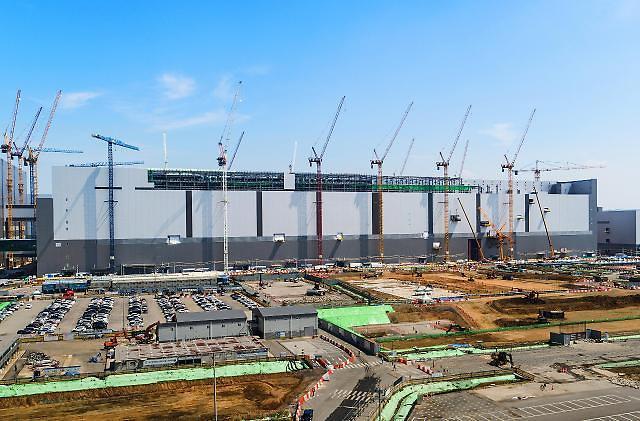 サムスン電子、平沢NAND型フラッシュ生産ラインの増設へ…8兆ウォン規模