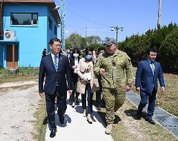 .朝媒:韩国政府推进南北合作缺乏诚意.