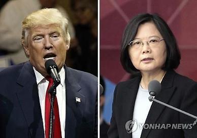 """中 언론 """"자유와 인권 어딨냐""""… 미국·차이잉원 싸잡아 비난"""